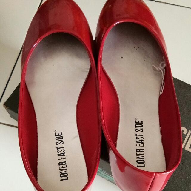 payless red flat shoes, Fesyen Wanita