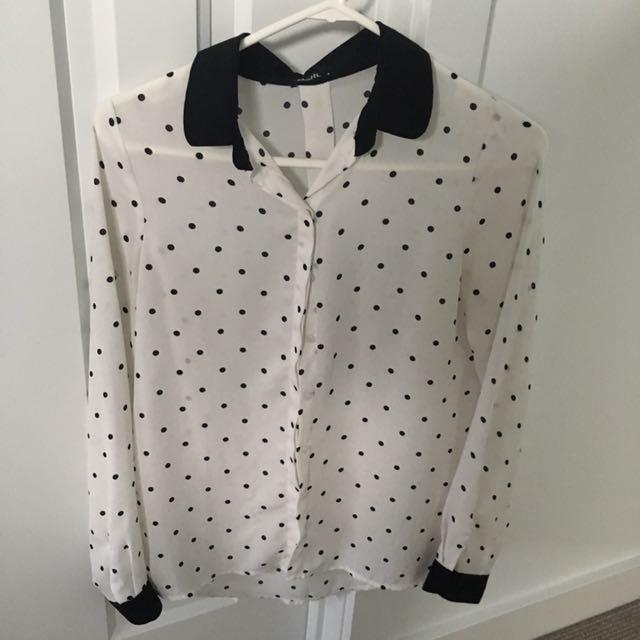 Polka dot shirt size 6