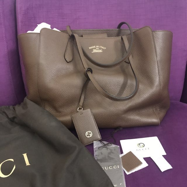 317824304c0 PRELOVED Gucci Swing Medium Leather Tote