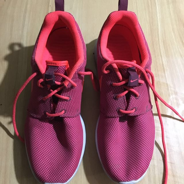 Repriced! Authentic Nike Shoes