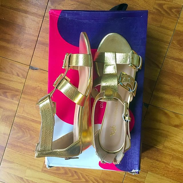 ⭐️Repriced⭐️ Gold Gladiator Sandals now 800