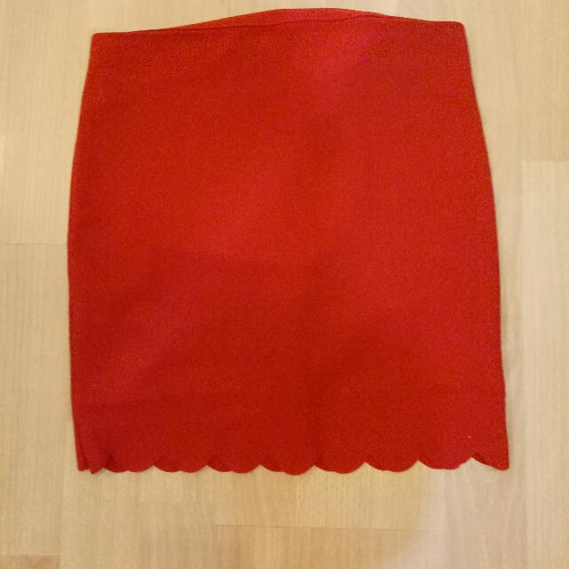 rok merah belakang resleting