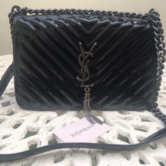 SALE‼️YSL Sling Vernis Flap Bag