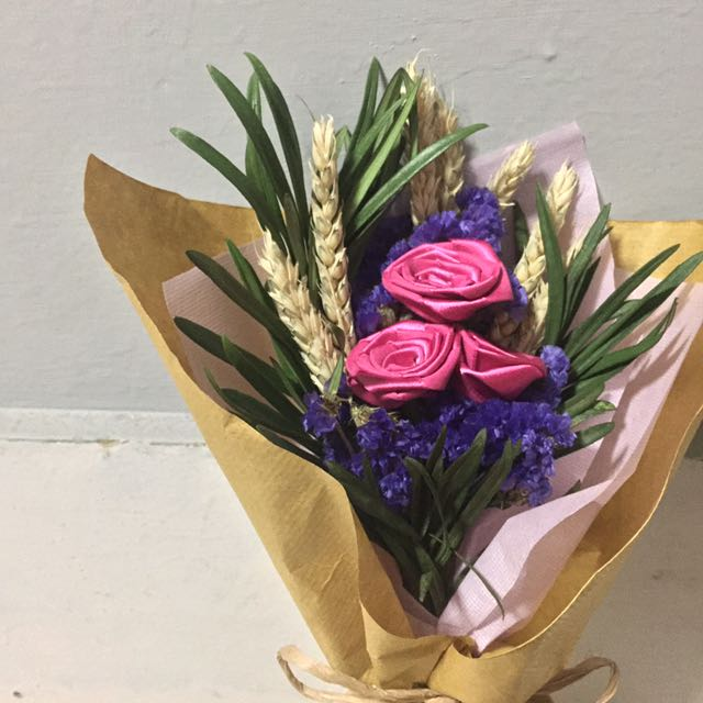 Satice ribbon rose wheat dried flower bouquet, Gardening on Carousell