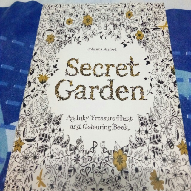 Secret Garden An Inky Treasure Hunt And Colouring Book Thin