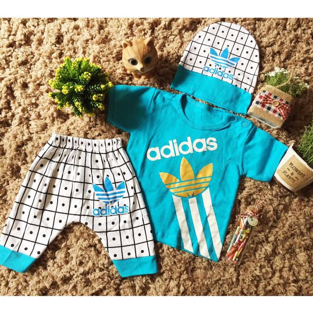 Setelan Anak Baby Cowok Adidas Dengan Topi