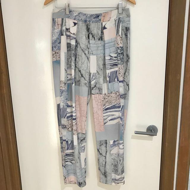 Sheike Crop Pattern Pants