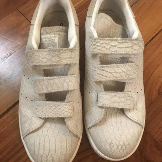 Stan Smith - fake snake skin - velcrow - 38