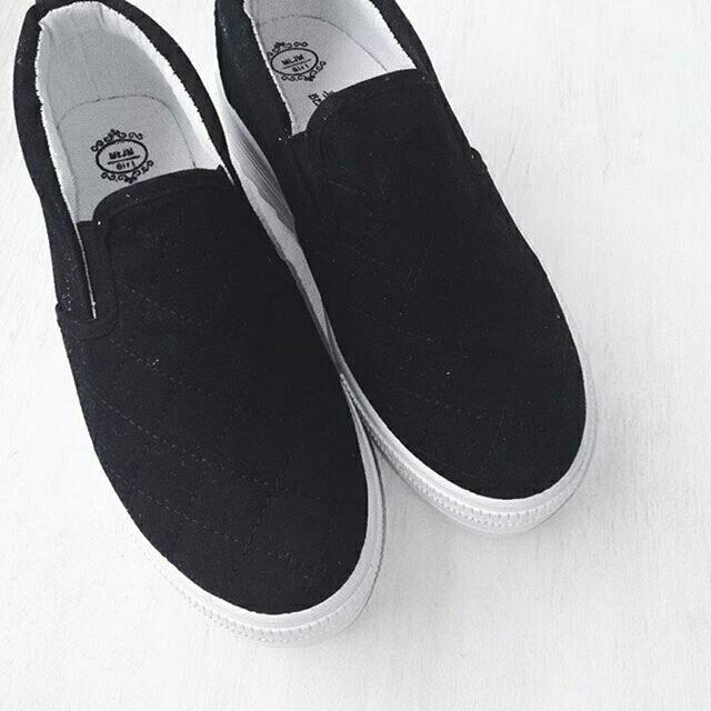 [NEW] Stylenanda Inspired Black Super Platform Slip On
