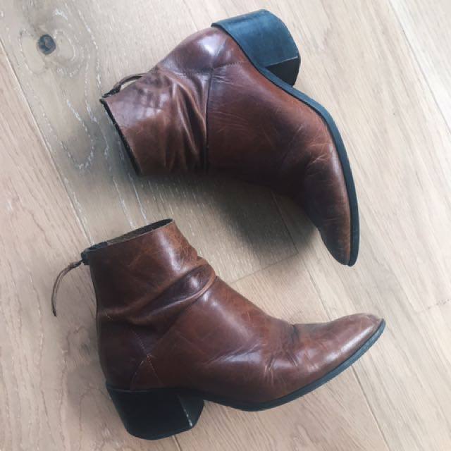 Topshop vintage-look leather boots