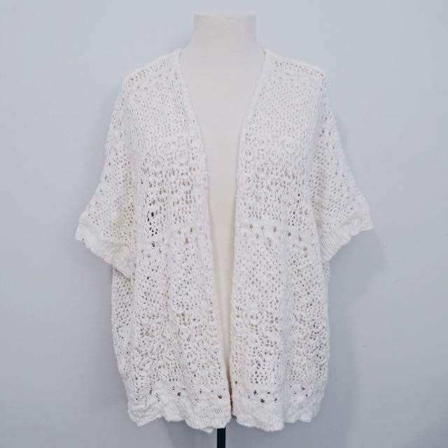 White Kimono/Cardigan   Aeropostale