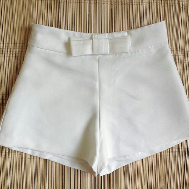 White Shorts With Ribbon