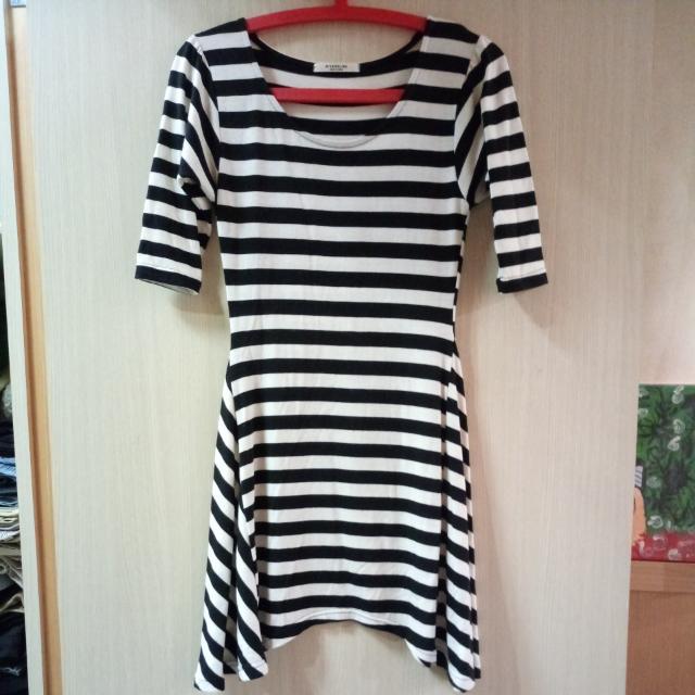 正韓yola黑白條紋洋裝