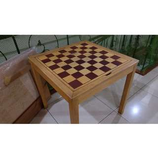 FOR SALE: Multi-purpose Chess Tanle
