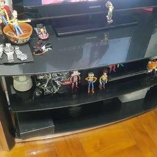 搬遷、八九成新 Tv玻璃櫃、黑色…保養良好…可自行拆裝產品