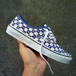 SEPATU VANS AUTHENTIC SUPREME CHECKERBOARD BLUE PREMIUM DT BNIB (Brand New In Box) FULL TAG MADE IN CHINA