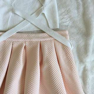 XXI • Nude pink pleated skirt