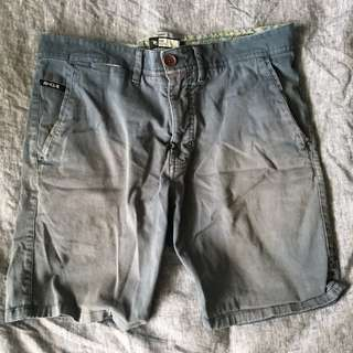 Ripcurl shorts size 32