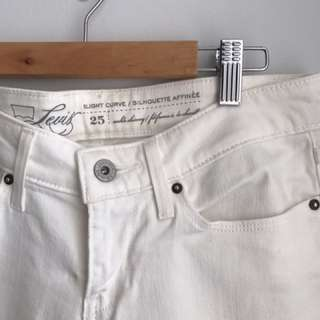 White Levis Ankle Skinny Jeans - Size 25