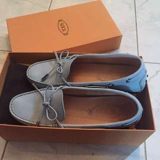 Tod's loafers in baby blue size 36.5