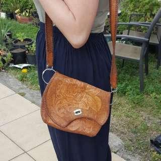 Vintage leatger brown bag