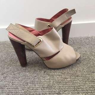 Nude Heels - sz 37