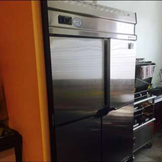 4 door fridge