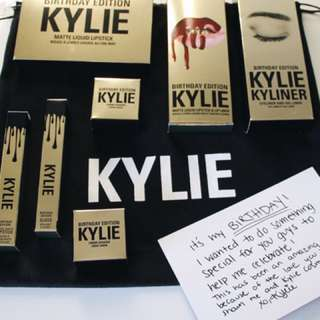 Kylie Jenner - Birthday edition cosmetics