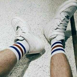 雙色足球氣墊襪-短襪中統襪中筒襪-盧廣仲最愛-運動襪-純棉厚底毛巾襪-學生襪彈性襪-襪廠直販!