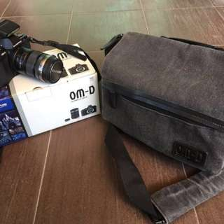 *Good condition* Olympus Omd Em5