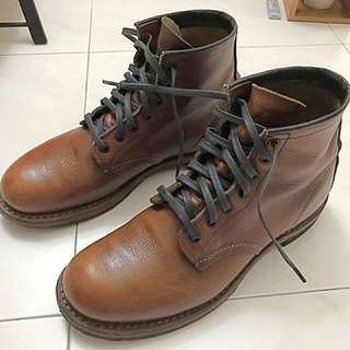 Red Wing Beckman 9016
