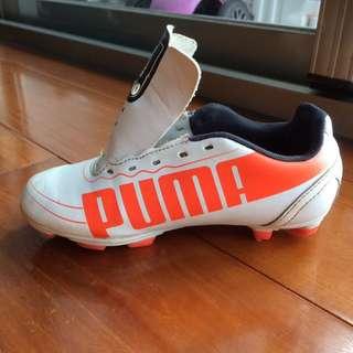 Puma 兒童足球釘鞋 18cm