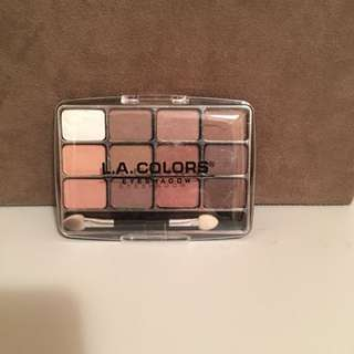 L.A Colours eyeshadow