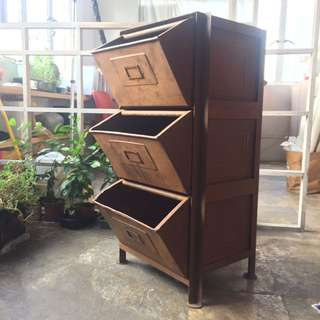 Vintage 3 drawer metal cabinet 三層銹鐵櫃