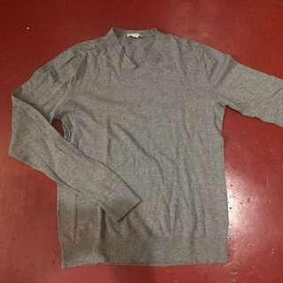 Gap Grey V-neck Sweater