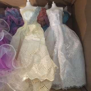 大量 洋娃娃 barbie 衣服