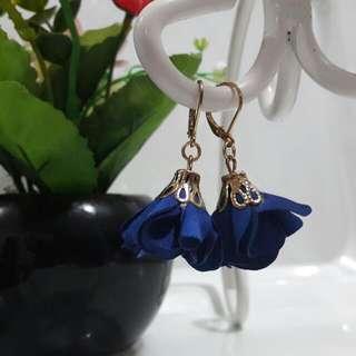 Flower Earrings - Royal Blue