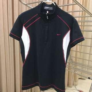 Nike女子高爾夫球排汗衫