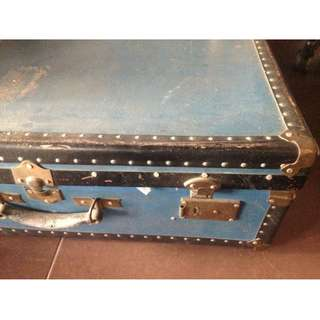 Antique trunk case made in japan nego. plus freebies