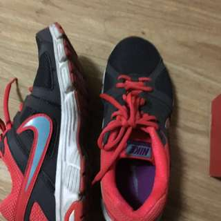 Nike rubbe shoes