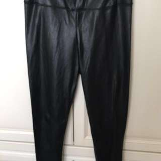 Wilfred free black leather pants