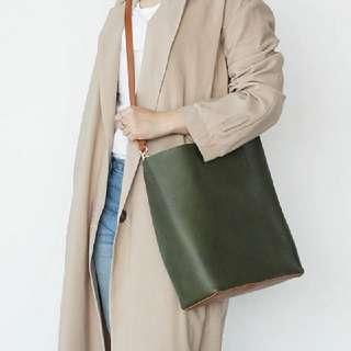 軍綠x咖啡 撞色側背包 手提
