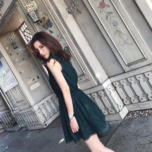 預購款-刺繡花邊連身裙