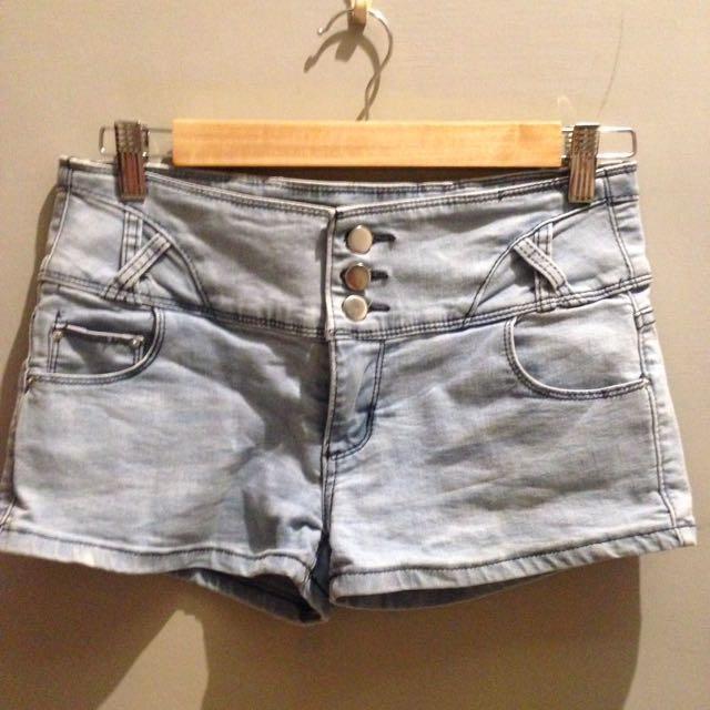 牛仔 排釦 短褲 熱褲 M-L