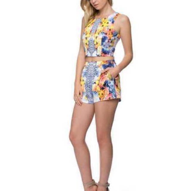 Bardot Floral Shorts- SIZE 6