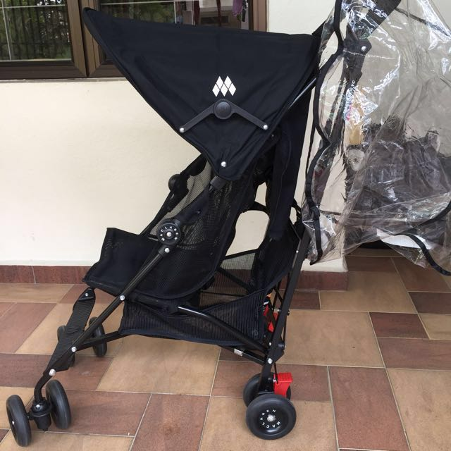 Black Maclaren Volo Stroller Light Weight Versatile Minimal Use Like New Complete With Original Maclaren Rain Cover Rrp Rm 899 Basic On Lazada And