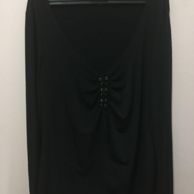 Black Neck Deep Long Sleeve Top