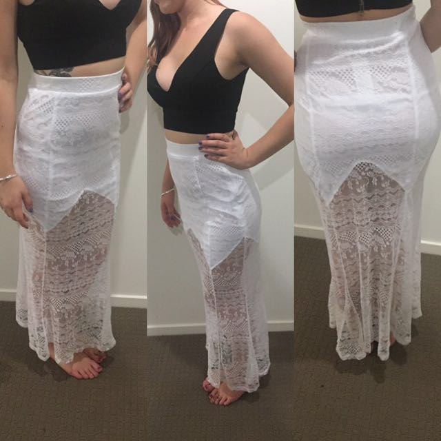 BNWT Lace Lioness Skirt