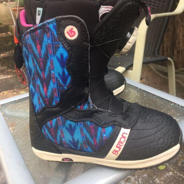 Burton woman's snowboard boots