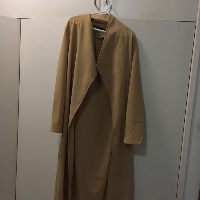 Cute camel beige trench coat light weight jacket